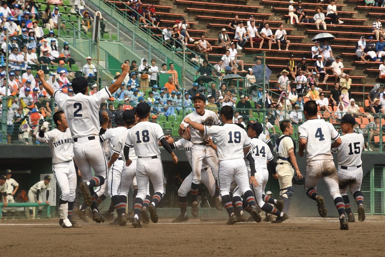 高校野球の季節がやってきました!